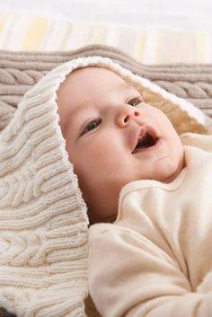 Baby-Schlafsack mit Zopfmuster