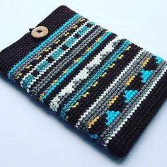 crochet camera My next project. I am now joining the :) by Crochet Laptop Sleeve, Crochet Laptop Case, Crochet Camera, Crochet Phone Cover, Freeform Crochet, Tapestry Crochet, Crochet Yarn, Macbook Sleeve, Ipad Sleeve