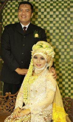 Noiva com Classe: Vestidos de noiva islâmicos-Indonésia
