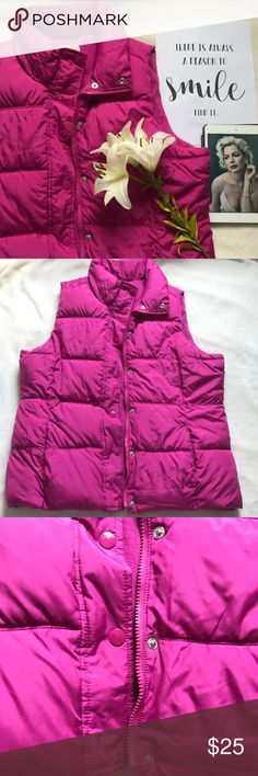Pink down vest Old Navy polyester down vest. Super soft and comfortable, a perfect layer for the fall! Has fleece inside so it's warm and also has fleece inside the pockets so you won't even need gloves. Old Navy Jackets & Coats Vests