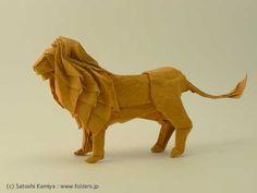 Origami de Satoshi Kamiya. La notice de montage est disponible sur son site : à vous de jouer ;-)