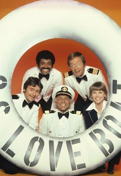 The Love Boat. I'd love all the seasons of Love Boat on DVD. Childhood Tv Shows, My Childhood Memories, Great Memories, Nostalgia, Best Tv, The Best, Tv Vintage, Ed Vedder, Gugu