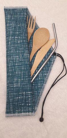 pochette couverts Jean Diy, Diy Accessoires, Diy Couture, Zero Waste, Creations, Textiles, Alternative, Sewing, Sport