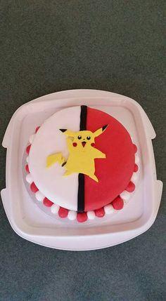 Pikachu pokeball cake