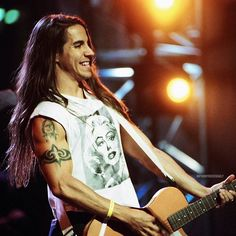 1992 MTV Music Awards - Rehearsals at Pauley Pavilion in slow Angeles on September 05, 1992. #anthonykiedis #redhotchilipeppers #rhcp