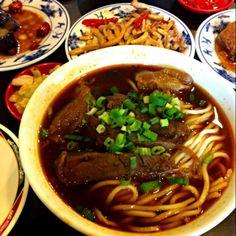 レシピとお料理がひらめくSnapDish - 18件のもぐもぐ - 蕃茄半筋半肉牛肉麵 by y.k