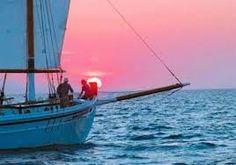 Πλησίστιος...: Το Κρυφό Μαντράκι Greek Music, Sailing Ships, Greece, Boat, Colors, Greece Country, Dinghy, Boats, Colour