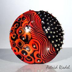 Focal bead