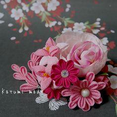 katumi made *つまみ細工の簪(かんざし)髪飾り、つまみ細工のshop*アーティフィシャルフラワーのヘアコーム