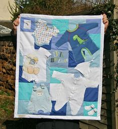 3 Ways to Make a Memory Quilt from Baby Clothes - Quilting Digest 3 Wege aus Babykleidung eine Quilt Baby, Baby Memory Quilt, Memory Quilts, Quilted Baby Blanket, Patchwork Baby, Baby Outfits, Baby Clothes Blanket, Quilts From Baby Clothes, Babies Clothes