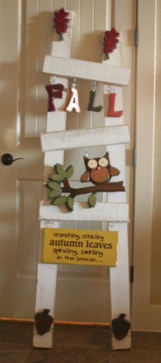 Those of you from Utah, and familiar with Quilted Bear probably recognize the white ladder . No, I did not make the ladder . However, I did make my own Fall set (Rustik 122 does make a fall, but I don't like the scarecrow face)! Wood Block Crafts, Pallet Crafts, Wood Blocks, Wood Projects, Fall Halloween, Halloween Crafts, Holiday Crafts, Rustic Crafts, Wooden Crafts