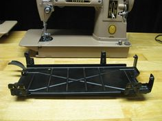 OldSewinGear.com - News, Reviews & How-To's old Singer sewing machines