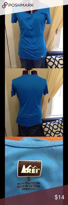 REI, blue workout shirt REI, blue workout shirt REI Tops Tees - Short Sleeve