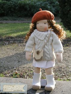 Simone - waldorf style doll | Flickr : partage de photos !