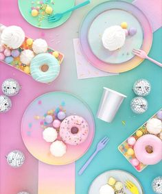 Happy Day Ombre Plates (Small) the best party ever.the best party ever. Donut Party, Bonbons Pastel, Pastell Party, Pastel Candy, Aesthetic Food, Aesthetic Pastel, Pretty Pastel, Pastel Colors, Pastels