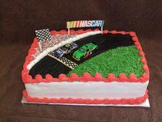 NASCAR+-+birthday+cake+for+a+NASCAR+fan