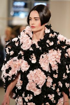 Chanel Fall 2015 Couture - Details - Gallery - Style.com