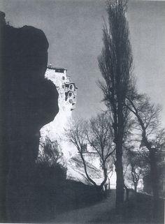 """Casas Colgadas de Cuenca Fotografía del libro """"Nueva apología turística de España"""", 1957 #Cuenca"""
