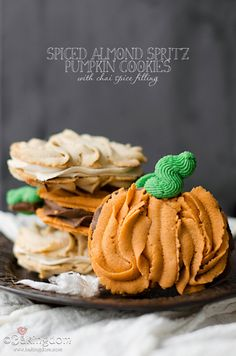 Spiced Almond Spritz Pumpkin Cookies from ©Bakingdom