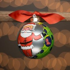 OLE Miss Santa Glass Ornament. Comes Packaged in a Gift Box for Perfect Presentation. GH001 http://www.amazon.com/dp/B00O14J3BS/ref=cm_sw_r_pi_dp_UOCIub0NRTWSV