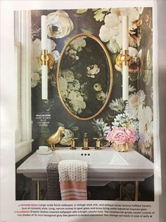 9 crazy wallpaper ideas for your bathroom - everything you need to . - 9 crazy wallpaper ideas for your bathroom – everything you need to turn your house into a home Bad Inspiration, Bathroom Inspiration, Bathroom Ideas, Bathroom Vanities, Bathroom Cabinets, Bathroom Small, Bathroom Designs, Gold Bathroom, Bathroom Tray