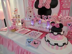 M.M. Mickey Party, Mickey Minnie Mouse, 3rd Birthday Parties, 2nd Birthday, Daisy Duck Party, Minnie Mouse First Birthday, Mouse Parties, Birthday Decorations, Candy