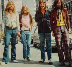 seriously, if Only they made more men like this now oxoxoxoxooxoxo Led Zeppelin <3