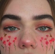 Image about beautiful in imaginative makeup art by siscafewy Cute Makeup Looks, Makeup Eye Looks, Eye Makeup Art, Crazy Makeup, Pretty Makeup, Skin Makeup, Beauty Makeup, Blonde Makeup, Makeup Goals