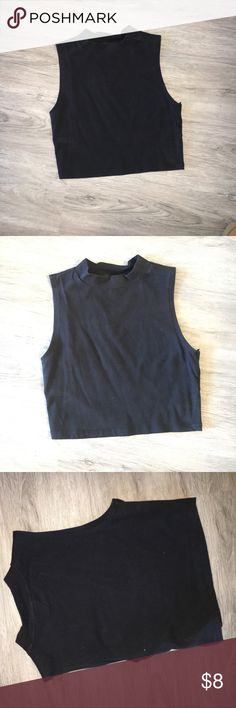 Simple Black Crop Top Size Medium. Fits a size S/M crop top with mock neck from forever 21. Forever 21 Tops Crop Tops