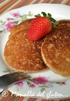 Más allá del gluten...: Panqueques de Quinua y Banano (Receta GFCFSF, Vegana) // [Gluten free] quinoa pancakes