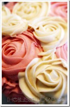 buttercream roses cake 002a