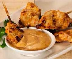 Recipe Peanut Satay Sauce by learn to make this recipe easily in your kitchen machine and discover other Thermomix recipes in Sauces, dips & spreads. Sauce Dips, Sauce Recipes, Cooking Recipes, Cantaloupe Recipes, Radish Recipes, Thai Recipes, Yummy Recipes, Savoury Recipes, Asian Recipes