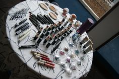 A whole range of colours and make up products are shown and tried at our workshops by all our guests, in order they learn to maximize their beauty. www.ellacosmetics.es