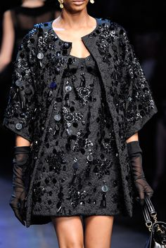 Dolce & Gabbana Spring 2012 Ready-to-Wear Fashion Show Details Dresses Short, Trendy Dresses, Casual Dresses, Fashion Dresses, Long Gowns, I Love Fashion, High Fashion, Fashion Show, Womens Fashion