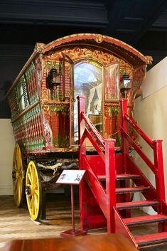 Caravan Gypsy Vardo Wagon: A wagon. Gypsy Trailer, Gypsy Caravan, Gypsy Wagon, Bohemian Gypsy, Gypsy Style, Hippie Style, Gypsy Home, Caravan Decor, House On Wheels