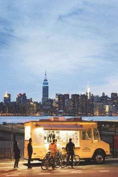 New York: Van Leeuwen Artisan Ice Cream. York >> See the Deals! A New York Minute, Costa, Le Shop, Empire State Of Mind, I Love Nyc, Nyc Skyline, To Infinity And Beyond, Concrete Jungle, Places To See