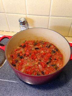 The Frugal Mennonite: The Frugal Kitchen:  Vegetarian Pasta Puttanesca
