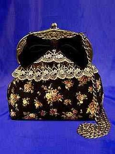 Moi-meme-Moitie Rose Scallop Original Lace Bag