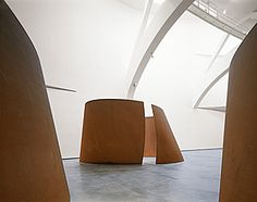 Richard Serra, Torqued Ellipse, Weathering steel, x x x x m); Richard Serra, Abstract Sculpture, Bronze Sculpture, Wood Sculpture, Metal Sculptures, Dan Brown, Musée Guggenheim Bilbao, Museums In Nyc, Weathering Steel