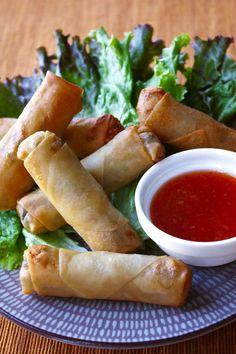 Thai Spring Rolls - Travel Pinspiration on the blog (Thai Food Dishes)
