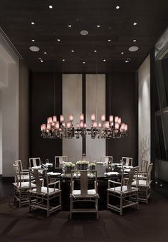 Lights in every room is very essential, particularly in your dining-room to recover hunger. We will certainly assist you find a dining room lights to produce a pleasant environment. Dining Table Design, Round Dining Table, Hotel Lobby, Park Hyatt Shanghai, Chinese Interior, Restaurant Interior Design, Lobby Interior, Private Dining Room, H Design