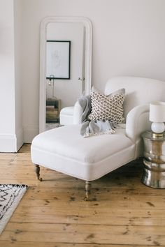 Bespoke Chaise Longue And Lombok Ridge Stool - Calming Bedroom In A Characterful Edwardian Semi Detached Property Edwardian House, 1930s House, Bedroom Sets, Home Decor Bedroom, Calm Bedroom, Home Interior Accessories, Interior Design, Accessories Online, Design Japonais