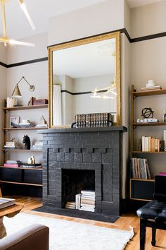 Check out this stunning tour of the Bay Area Victorian belonging to Irene Edwards, Editor in Chief of Sunset Magazine.