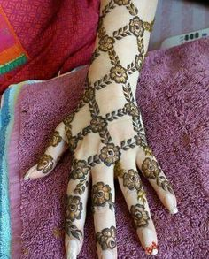 Hina, hina or of any other mehandi designs you want to for your or any other all designs you can see on this page. modern, and mehndi designs Latest Arabic Mehndi Designs, Rose Mehndi Designs, Indian Mehndi Designs, Stylish Mehndi Designs, Henna Art Designs, Wedding Mehndi Designs, Beautiful Henna Designs, Henna Tatoo, Henna Mehndi