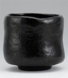 Chawan - black #pottery #Japanese_pottery #ceramics #Japanese_ceramics #cup #teacup #chawan #tea_bowl