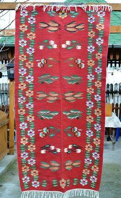 Covor traditional oltenesc cu flori 200x100 cm  - 118