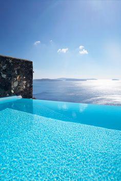 Santorini infinity pools - Imgur