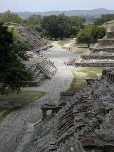Pyramids of Mesoamerica -
