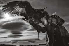 You Have to See These Photos of Mongolian Men Hunting With Eagles | Mother Jones