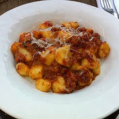 Maggiano's Gnocchi and Italian Sausage- You can serve this dish with a garden salad for a satisfying weekday dinner. See recipe here: http://www.copycatrecipeguide.com/How_to_Make_Maggiano's_Gnocchi_and_Italian_Sausage